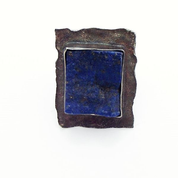 Pierścionek z surowym lapis lazuli